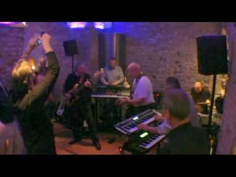 Flaming Bess LIVE -- Mythos -- 2-2011 Konzertmitschnitt